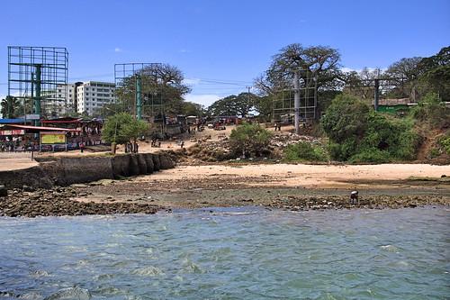 from holiday beach ferry kenya von kenia fähre mombasa reise nach diani dianibeach