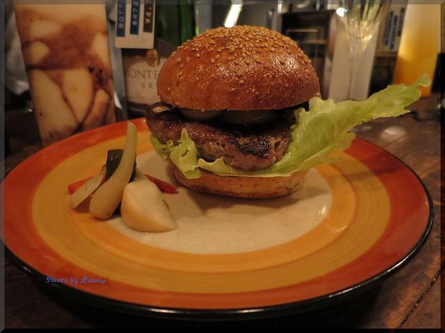 Photo:2013-11-27_ハンバーガーログブック_【富ヶ谷】PEACE OVEN 富ヶ谷のビストロで本格派のハンバーガーを発見!-05 By:logtaka