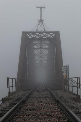 railroad bridge fog perspective iowa explore dubuque dubuquerailbridge sdgiere