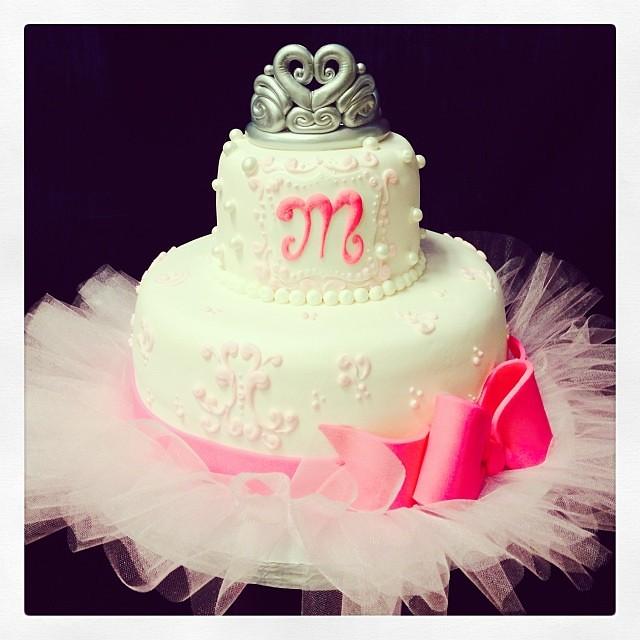 ballerina baby shower cake i love girly cakes babyshower flickr