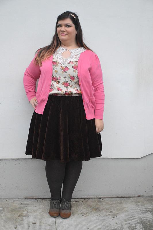 outfit marrone e rosa3