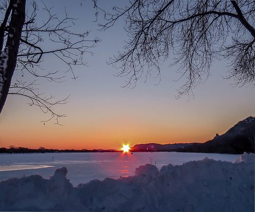 morning winter sky sun snow minnesota sunrise landscape dawn winona daybreak snowcovered frozenlake