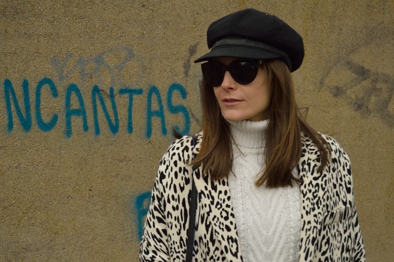 lara-vazquez-madlula-blog-fashion-cap
