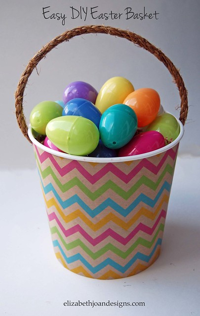 No Need to Buy an Expensive Easter basket when you can make your own! Tutorial by Elizabeth Joan Designs