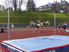 sprint(0.0), steeplechase(0.0), pole vault(0.0), hurdle(0.0), physical exercise(0.0), athletics(1.0), track and field athletics(1.0), sports(1.0), high jump(1.0), person(1.0), athlete(1.0),