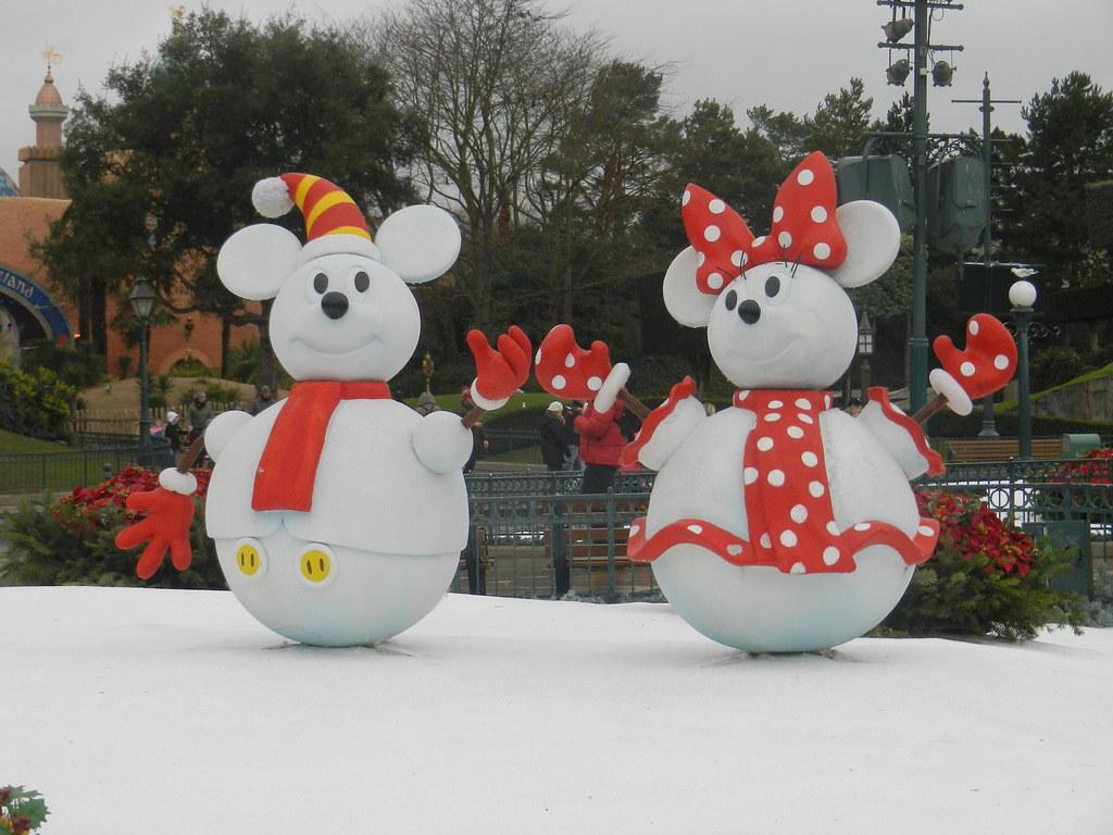 Un séjour pour la Noël à Disneyland et au Royaume d'Arendelle.... - Page 6 13899555674_b48ab5b87a_b