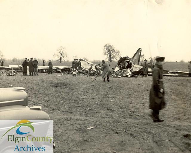 American Airlines Crash, Shedden, Ontario, 1941   Flickr ...
