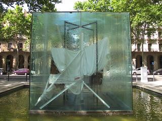 Escultura  matérica.... pero  quien es su autor? * Antoni Tàpies i Puig (Barcelona)