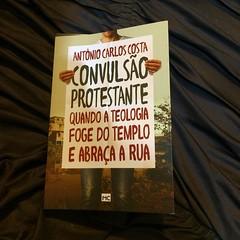 Livro top que ganhei do meu sobrinho,Vlw @rafaamonte :) @mundocristao #recomendo #book