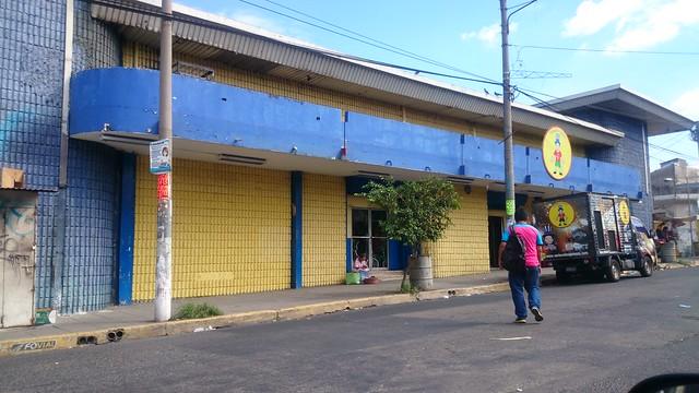 Elsalvador diario de hoy instituto de iberoamerica for Ferreteria barrio salamanca