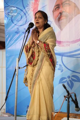 Marathi devotional song by Aruna Yadav from Mumbai, Maharashtra