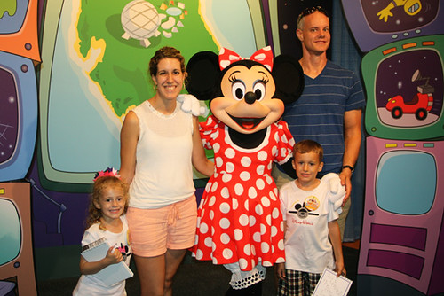 Minnie-Mouse_All-of-us