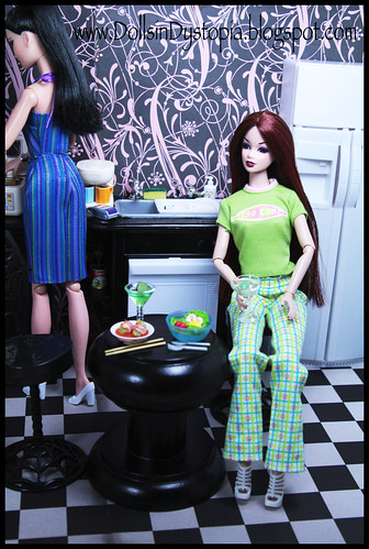 Dinnertime by DollsinDystopia