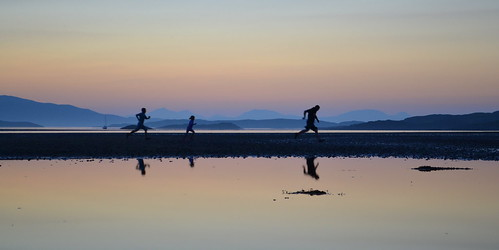 running in the gloaming by cherrycol@