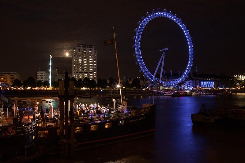 http://www.hacienda-la-colora.com London Eye sur la Tamise - Moonlight Clair de lune - photo picture image photography
