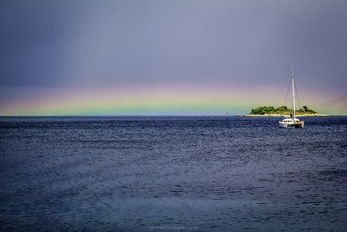 blue sea colour wet rain composition canon island boat rainbow colours bright horizon croatia overcast sunny dubrovnik cavtat