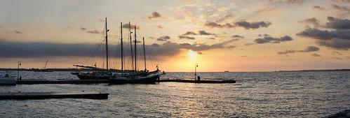 panorama water sailboat sunrise virginia ship yorktown yorkriver