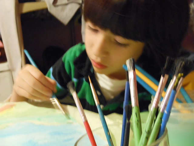 Artist working...