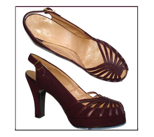 What Color Shoes With A Wine Colored Dress