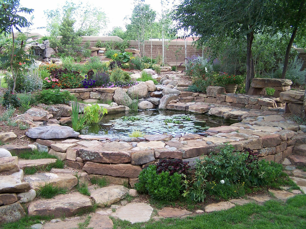 Water features for Landscaping around ponds