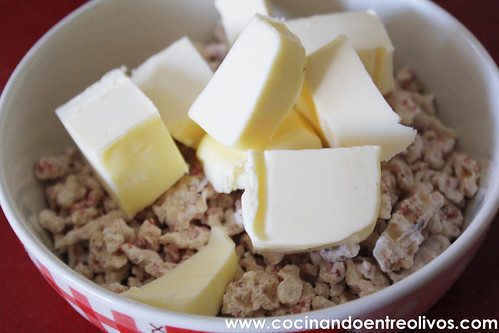 Bizcocho de chocolate blanco www.cocinandoentreolivos.com (2)