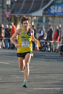 Paul Martelletti, the winner - 2014 Brighton Half Marathon (100)