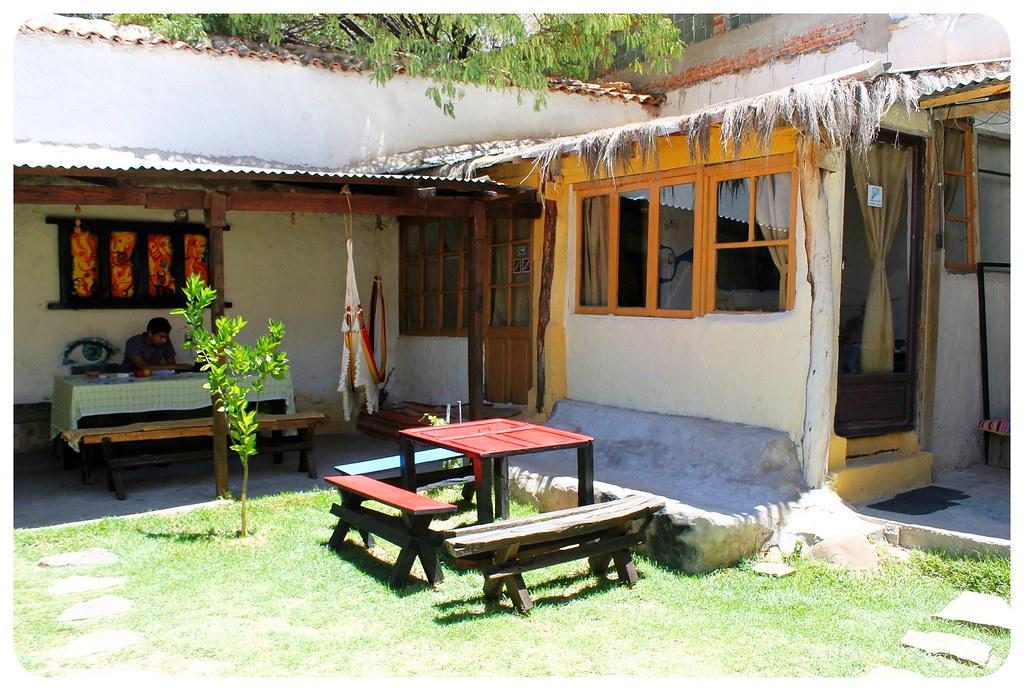 Hostal CasArte Takubamba backyard