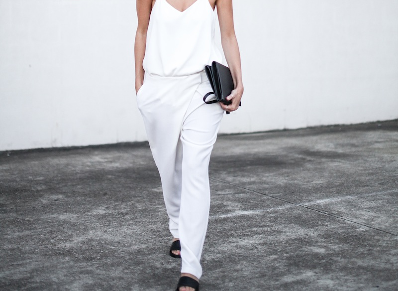 modern legacy blog Camilla Marc Zoya Cami all white Nicholas foldover ankle zip pants slide sandals pool Alexander Wang Prisma Envelope crossbody bag outfit street style blogger Australia (1 of 9)