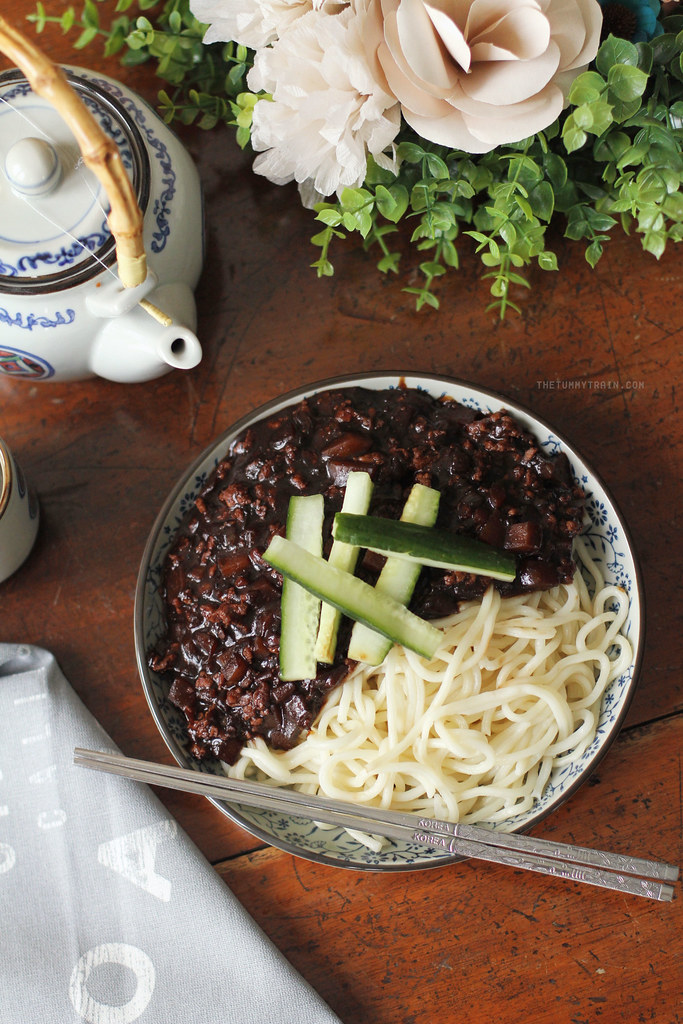 19153716253 2cbcaa42a4 b - Two ways to go crazy for Jjajangmyeon 짜장면