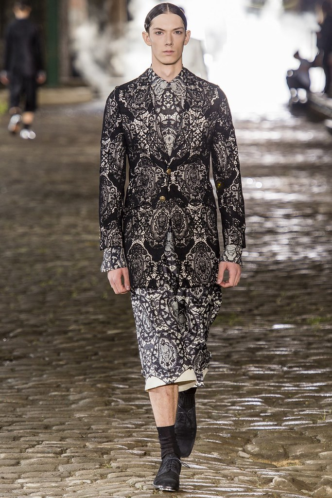 SS14 London Alexander McQueen015_Fielding Lewis(vogue.co.uk)