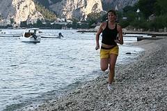 Nepodceňujte přes léto přípravu na podzimní běžecký cíl