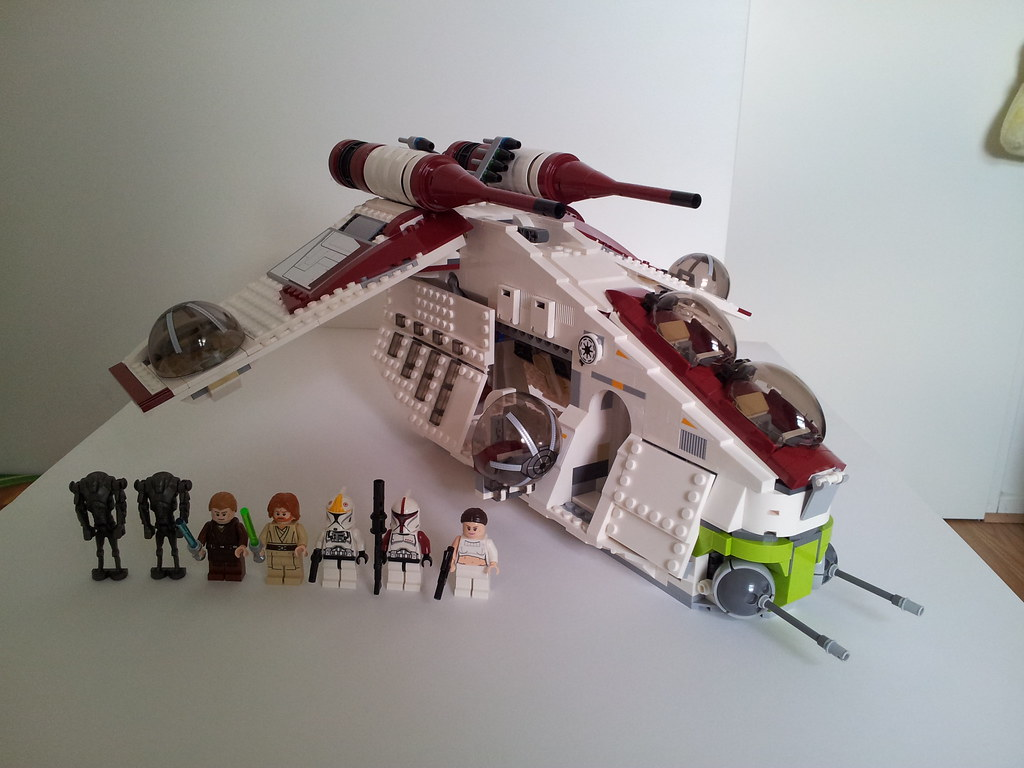 lego star wars 75021 republic gunship 29 clones - Lego Star Wars Vaisseau Clone
