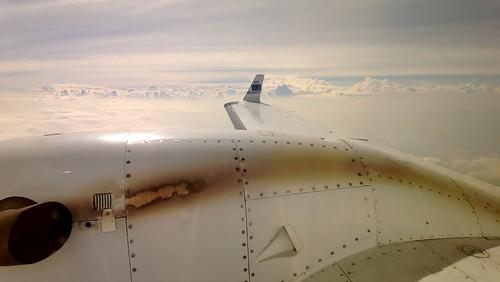 sky plane flight somalia ec puntland