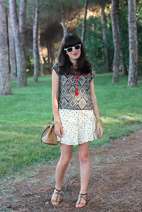 embroidered_top_tribal_shorts2