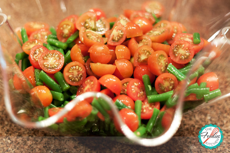 Guest Foodies: Juancho & Green Bean, Cherry Tomatoes and Feta Salad