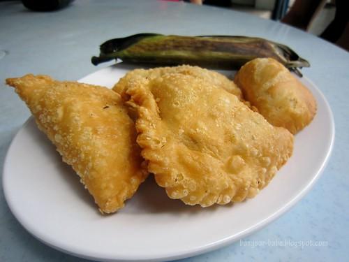 Karipap, temosa and pulut ikan copy