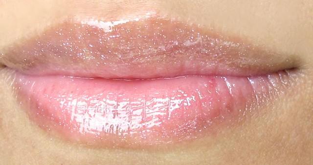 Gloss In Love by Lancôme #7