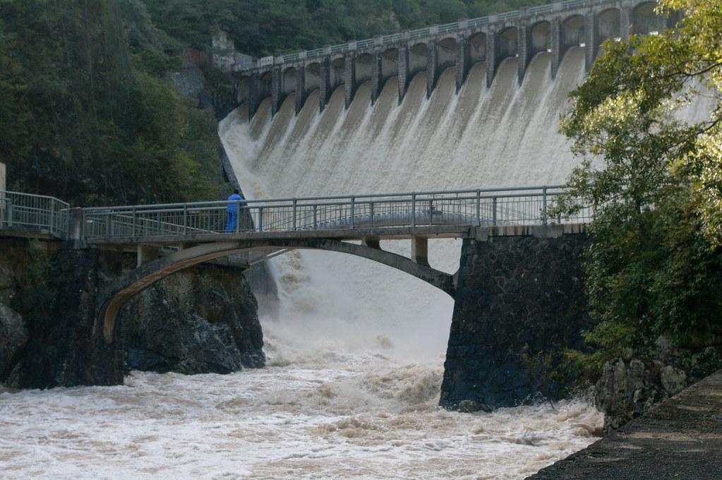 台風一過の千苅ダム