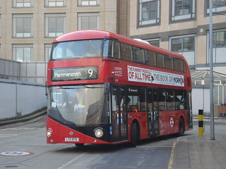 London United LT70 on Route 9, Hammersmith