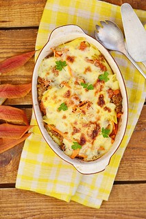 Baked  pasta and vegetables