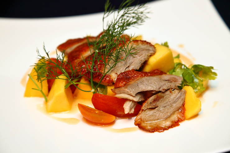 Peking-Duck-and-Ripe-Mango-Salad-with-Asian-Dressing