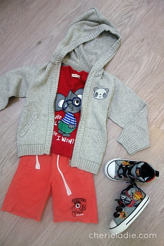 FOX Printed Tee, paired with Monsters Inc Shorts & Grey Sweater.