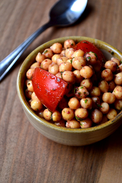 Chickpea Za'atar Salad Recipe (2)