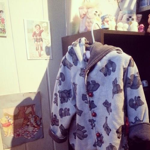 ♡ la marraine de néné lui a offert une veste vintage à souhait ♡ #mode #vintage #vintagetoy #furby #ourlittlefamily #france