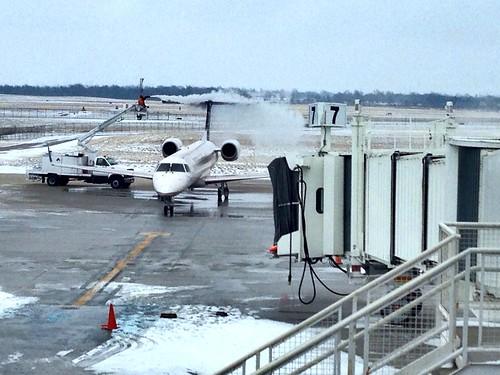 De-icing a plane
