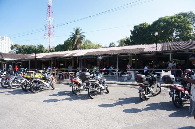 Halal breakfast in Penang Astaka Taman Tun Sardon-034