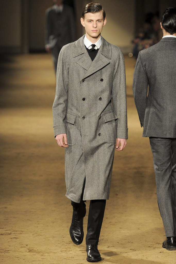 Elvis Jankus3149_FW14 Milan Corneliani(vogue.co.uk)