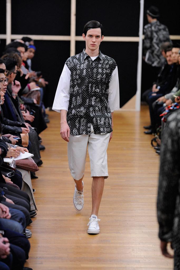 Yulian Antukh(Antuh)3016_FW14 Paris Comme des Garcons Shirt(fashionising.com)