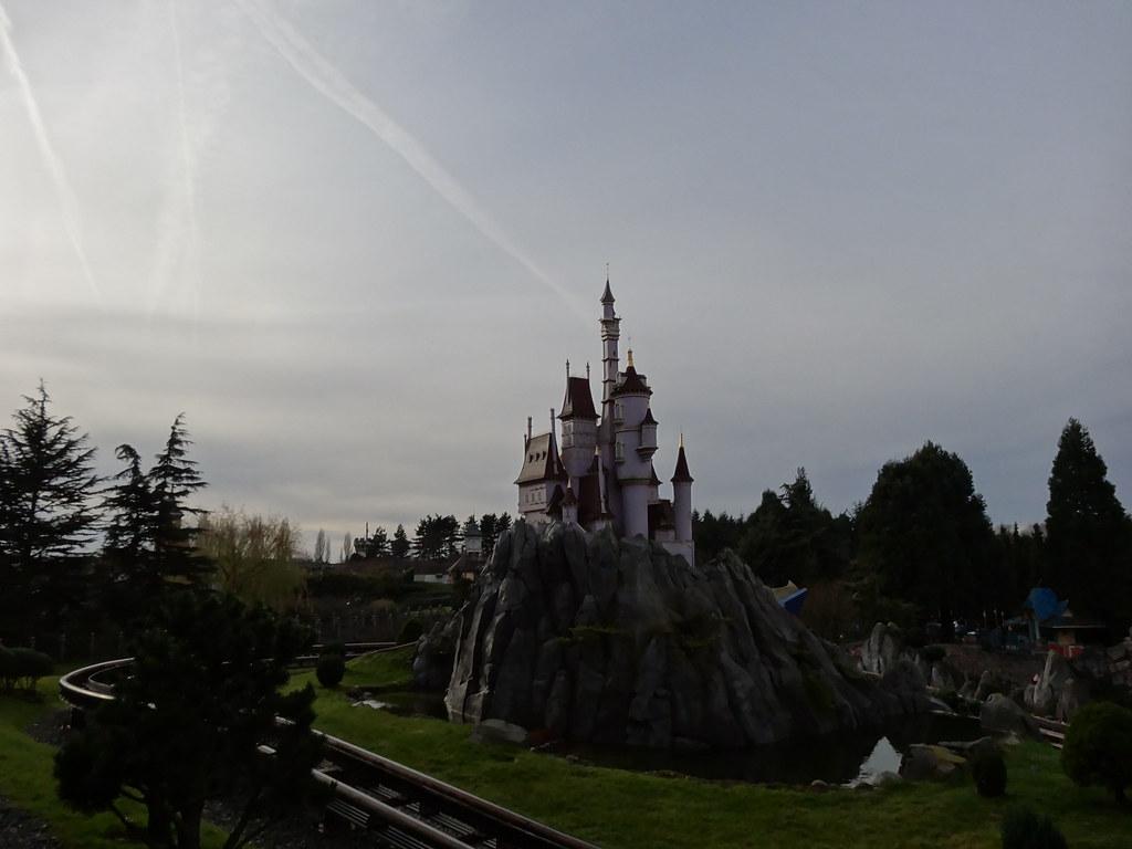 Un séjour pour la Noël à Disneyland et au Royaume d'Arendelle.... - Page 2 13648554544_984f1a08db_b