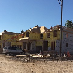 #PhotoOfTheDay is a sunny day in #Georgetown as we build a new block of semi-link homes. #LifeStoreys